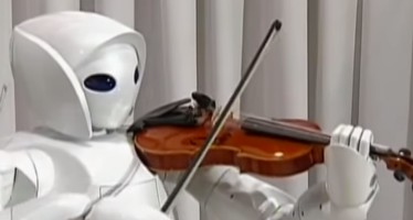 Toyota Robot Plays Violin
